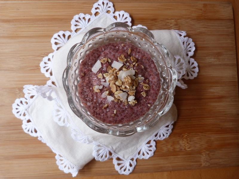 Mousse de morango e sementes de chia – Vegan