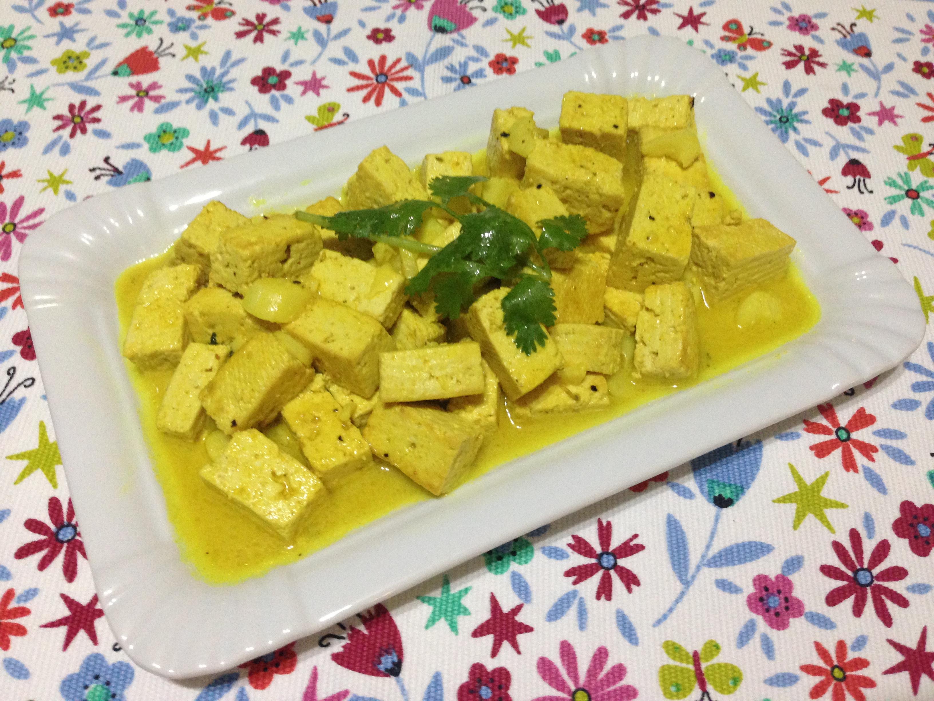 Tofu com leite de côco